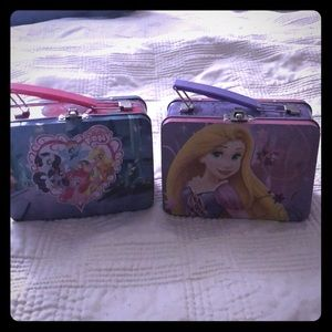 My little pony and Repunzel tins